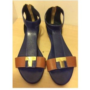 Tory Burch Leather Casey T Bar sandals sz 8.5